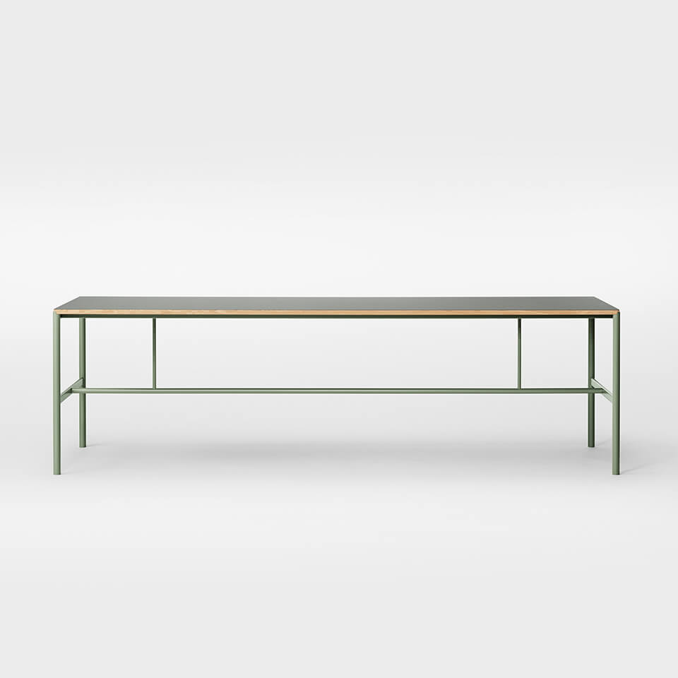 Million – Mies Dining Table