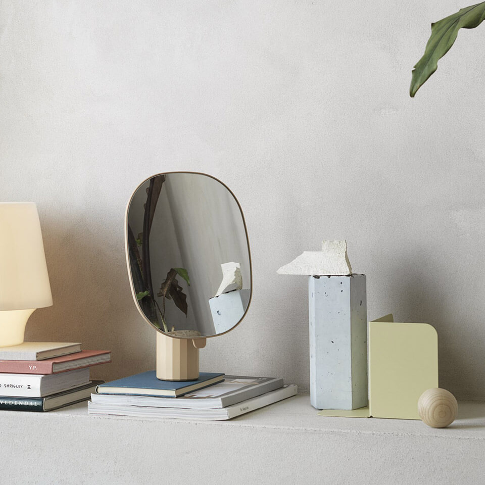 muuto mimic mirror tischspiegel normal studio