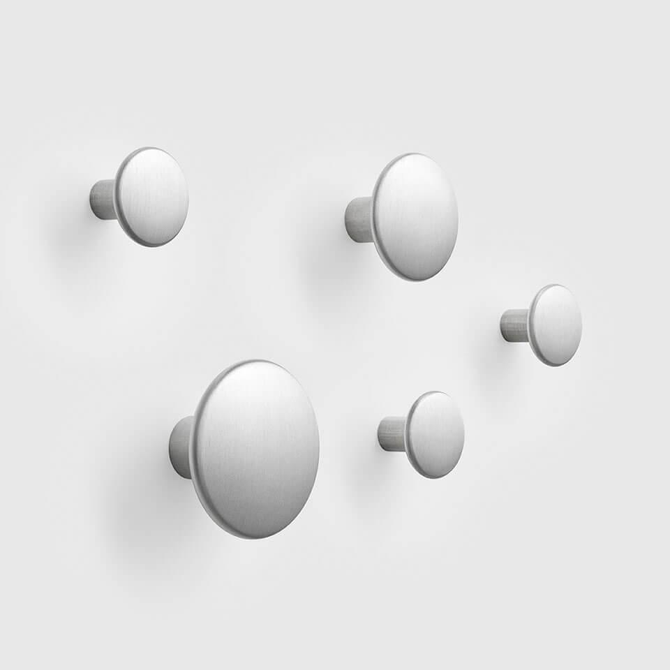 metal dots muuto haken garderobe